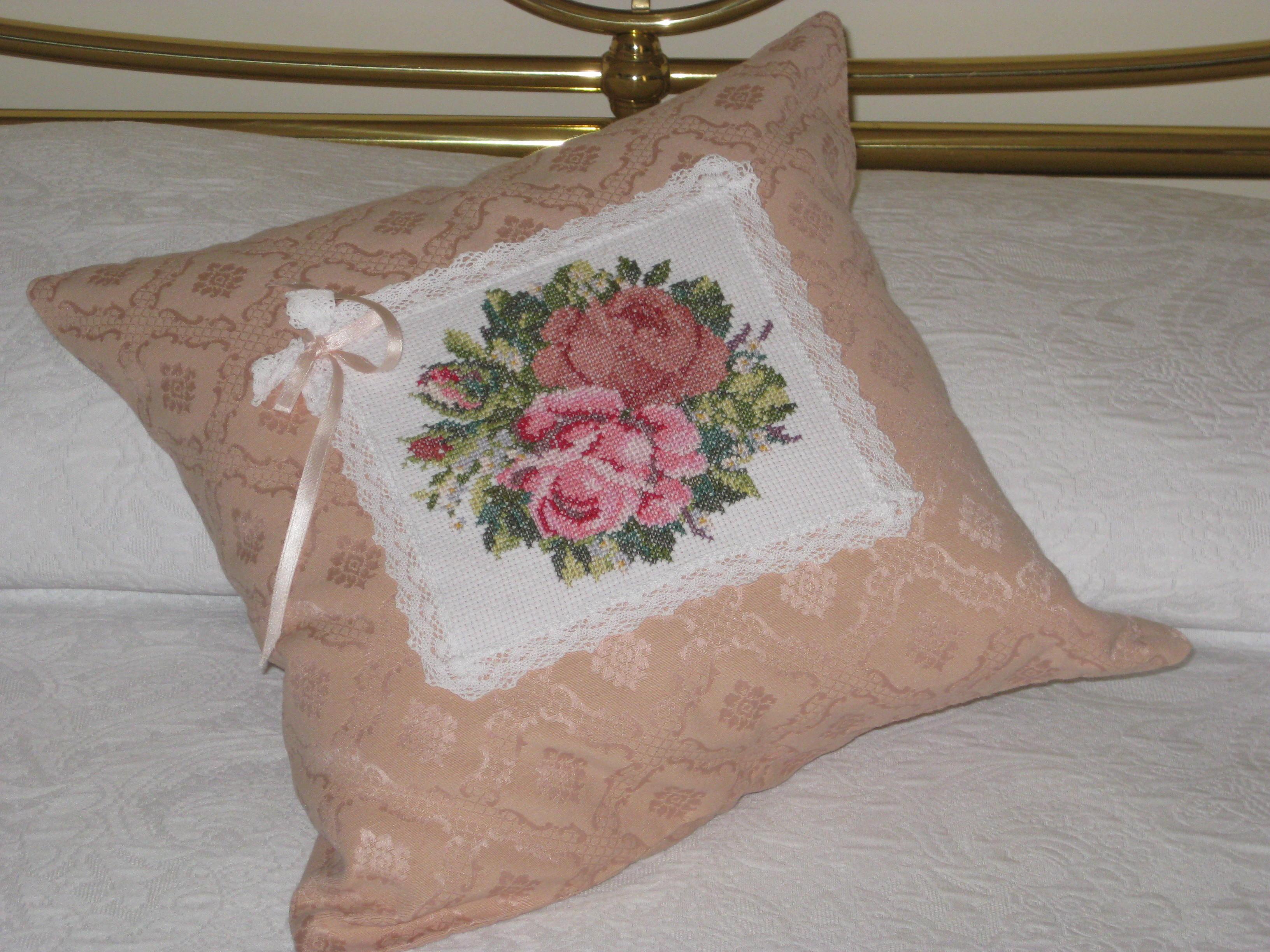 Cuscini Con Rose.Cuscino Con Rose Gift