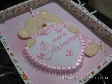 Coccarda-fiocco-nascita-orsetto-con-cuore-rosa-per-Arianna-2