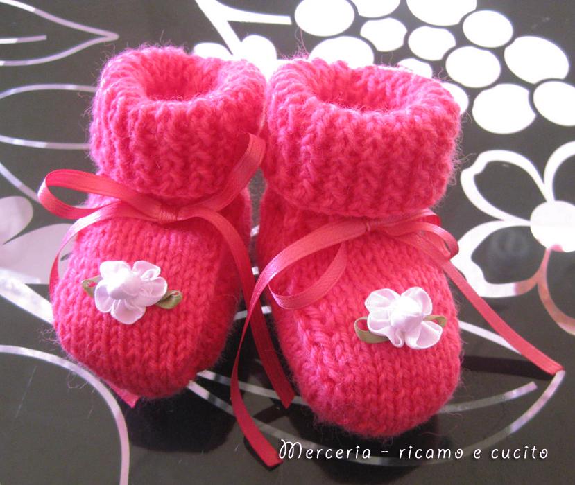 Ben noto Scarpette neonata di lana ai ferri con fiore   Gift ZS13