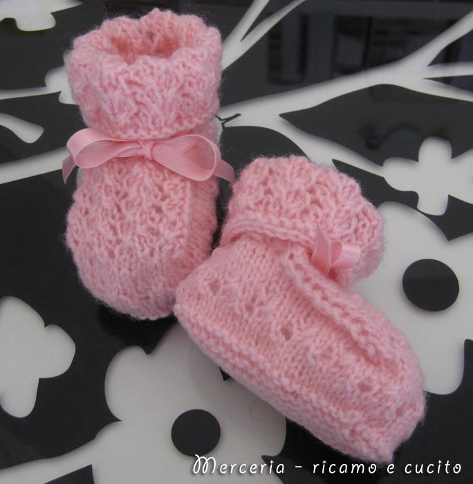 in lana rosa ai ferri » scarpette-neonato-di-lana-ai-ferri-rosa-3