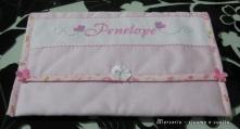 bustina-portaoggetti-rosa-per-Penelope-1