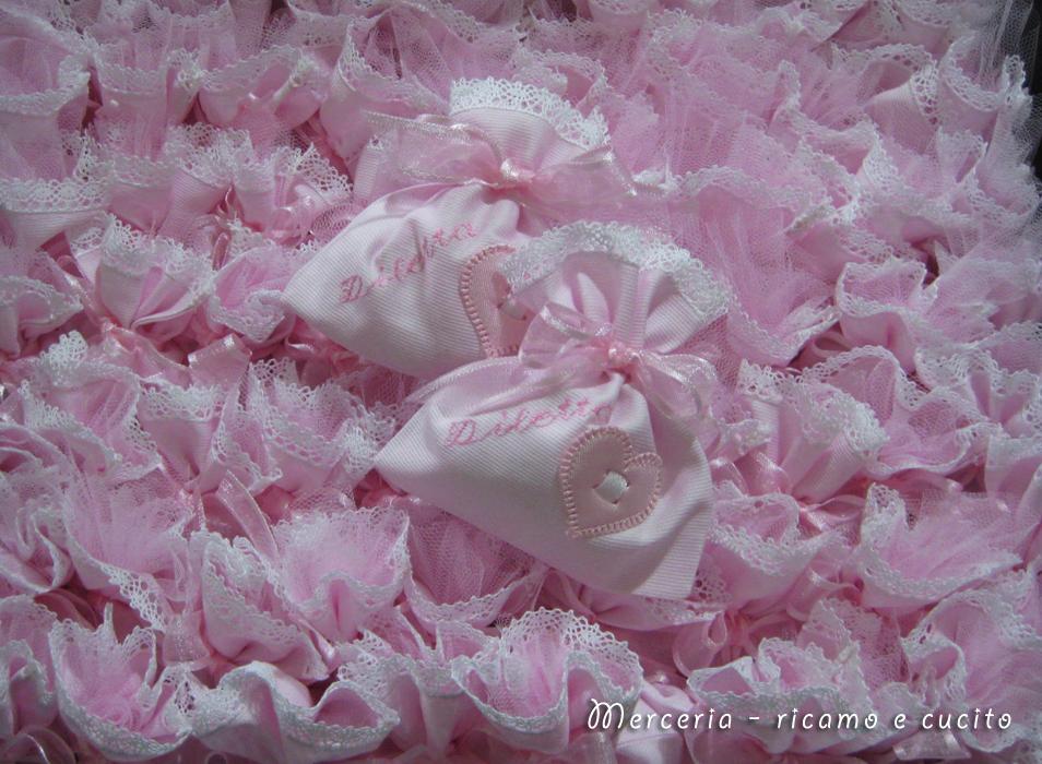 Sacchettini bomboniere portaconfetti con cuore per Diletta  GIFT ...