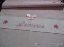 Sacchetto-nascita-farfalla--e-bavette-per-Ludovica-1