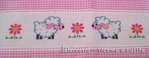 Lenzuola-e-federa-con-simpatiche-pecorelle-2