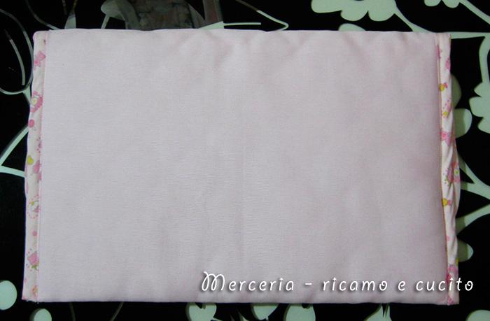 Busta-portaoggetti-rosa-per-Lucia-2