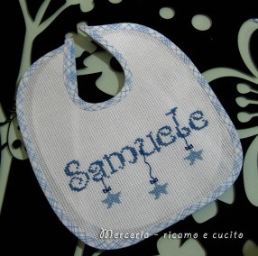 Bavaglino-Bavetta-con-stelline-per-Samele-2