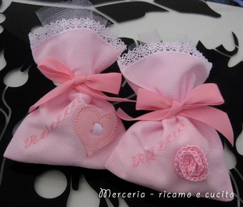 Sacchettini-bomboniere-portaconfetti-per-Rebecca-1