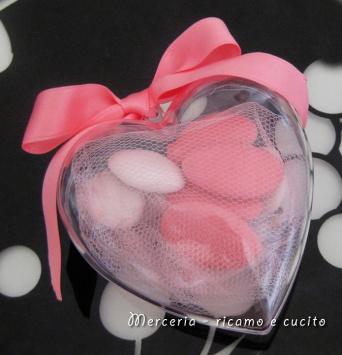 Bomboniera portaconfetti a forma di cuore 1