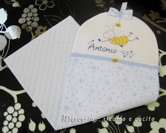 Porta pannolini con apine per Antonio