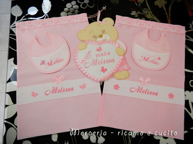 Bavette, fiocco orsetto con cuore e sacchetti nascita per Melissa