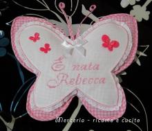busta-portaoggetti-e-fiocco-nascita-farfalla-per-Rebecca-3