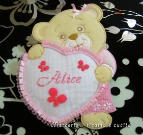 coccarda-fiocco-nascita-orsetto-con-cuore-per-Alice