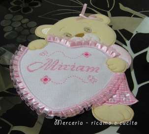 Fiocco nascita orsetto con cuore per Miriam