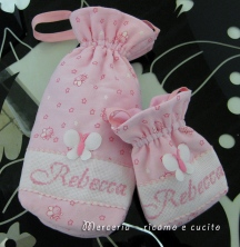 porta-biberon-e-ciuccio-per-Rebecca