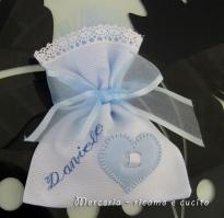 Sacchettini-bomboniere-portaconfetti-celeste-con-cuore-per-Daniele-1