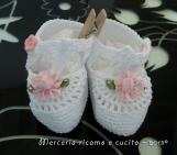 Scarpine in cotone per neonato con fiore
