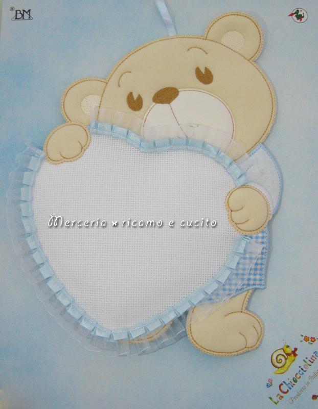 Fiocco nascita orsetto con cuore celeste per bambino