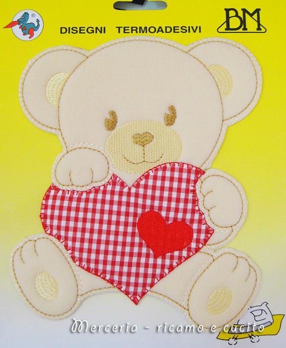 Applicazione termoadesiva orsetto con cuore grande