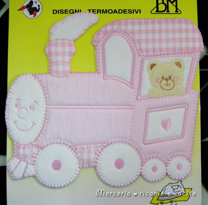 Applicazione termoadesiva orsetto su trenino rosa