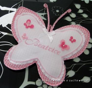 Fiocco nascita farfalla rosa per Beatrice