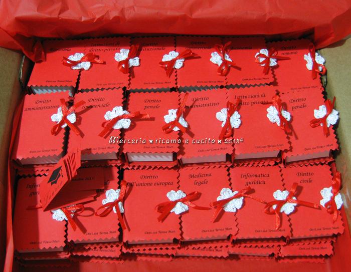 Estremamente Bomboniera portaconfetti a forma di libro con esami Laurea in  GP88