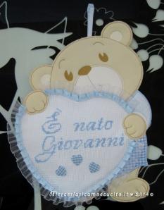 """Fiocco nascita orsetto con cuore celeste """"E' nato Giovanni"""""""