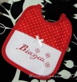 Busta coprifasciatoio rosa pois e bavetta natalizia per Bianca