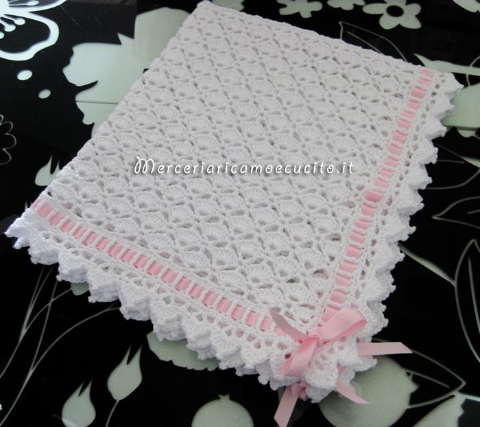 Copertina in cotone con nastro di raso rosa