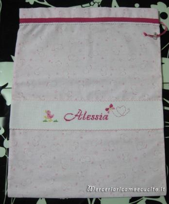 Sacchetto con paperette rosa per nascita e asilo per Alessia