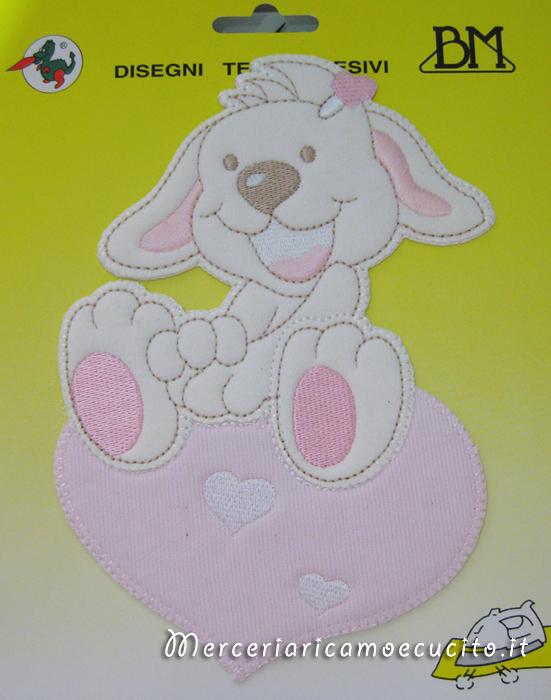 Applicazione termoadesiva coniglio su cuore rosa