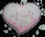 Fiocco nascita cuore rosa e bavetta prima misura per Maristella