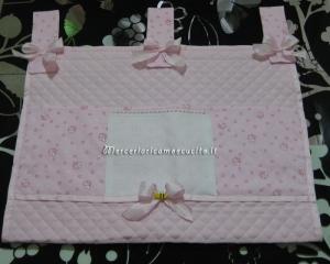 Pannello porta oggetti con apine rosa