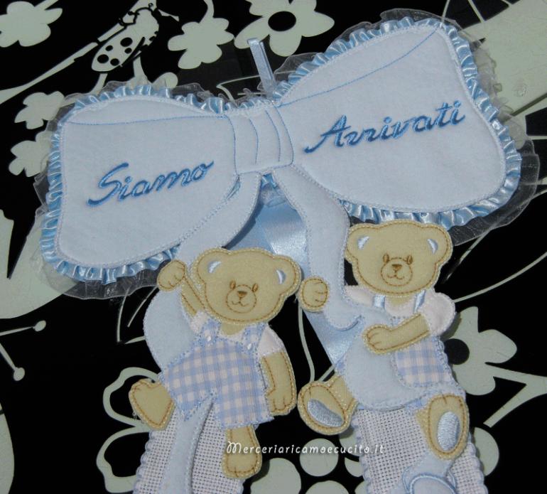 """Fiocco nascita celeste """"siamo arrivati"""" per i gemelli """"Lorenzo"""" e """"Federico"""""""