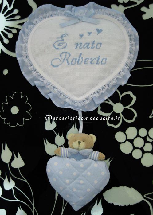 """Fiocco nascita cuore pois celeste con orsetto """"È nato Roberto"""""""