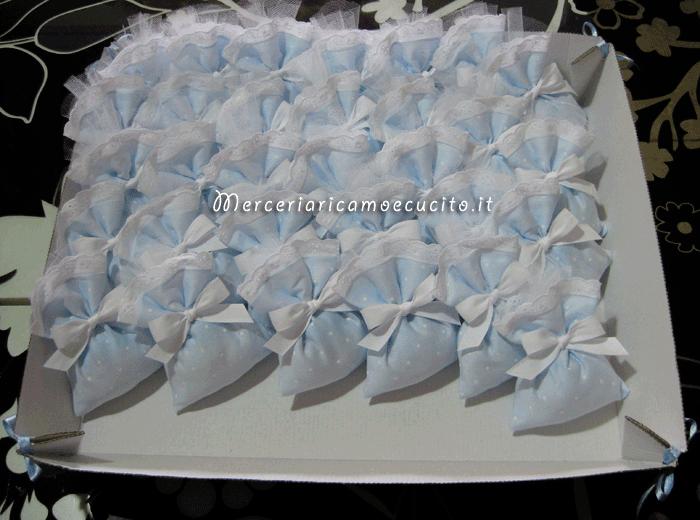 Sacchettini bomboniere portaconfetti celeste pois
