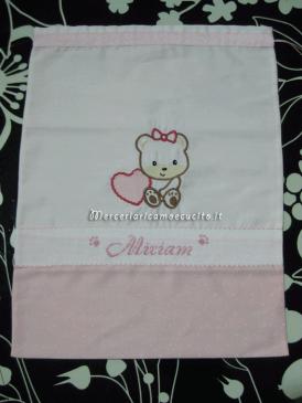 Sacchetto nascita e asilo con orsetto per Miriam