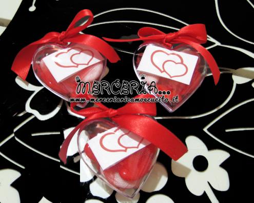 Bomboniera portaconfetti in cuore plexiglass rosso