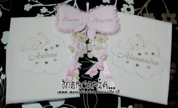 """Fiocco nascita """"siamo arrivate"""" e copertina con orsetto per le gemelle """"Alessandra"""" e """"Andrea"""""""