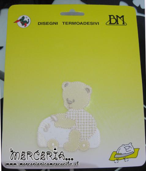 Applicazione termoadesiva orsetto su macchinina panna