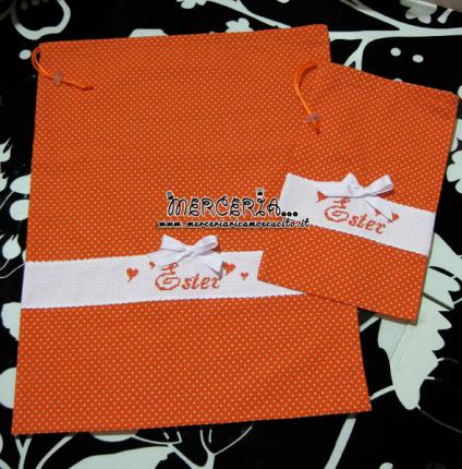 Sacchetto e sacchettino nascita asilo arancione con pois per Ester