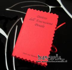 Bomboniera portaconfetti a forma di libro con esame Laurea in giurisprudenza per la Dott.ssa Bianca