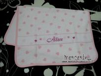 Set per nascita - Fiocco nascita farfalla, asciugamano con cuori, sacchettino portaoggetti, bustina e coprifasciatoio nuvole per Alice