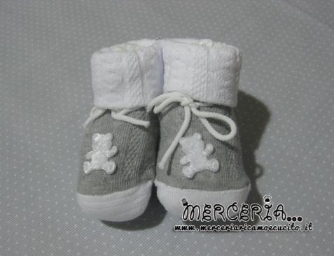 Calze scarpettine neonato bianche e grigie con orsetto
