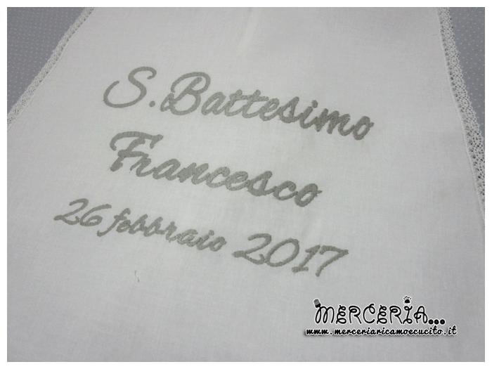 Camicina battesimale e asciugamano per Francesco
