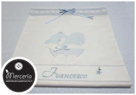 Sacchetto bianco con orsetto e culla per Francesco