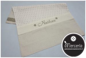 Sacchetto nascita e asilo fantasia con stelline e righe per Nathan