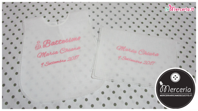 Camicina bavaglino e asciugamano battesimo in lino per Maria Chiara
