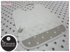 Set asilo - Sacco, busta, bavetta, asciugamano e tovaglietta grigio con cuori