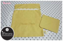 Sacco nascita e asilo giallo con pois e pochette per Francesca