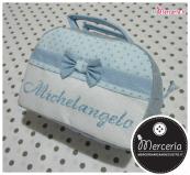 Beauty case stelle con pois e bavetta con portaciuccio per Michelangelo
